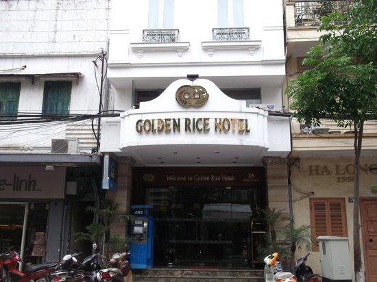 Golden Rice Hotel Hanoi: street view