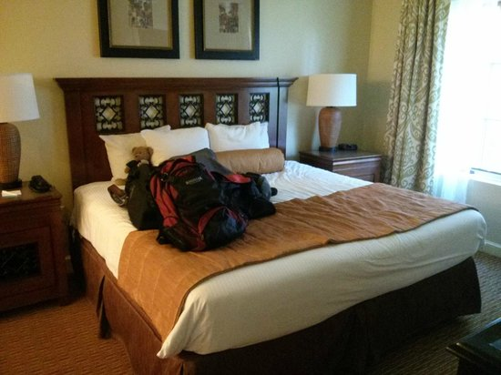 Wyndham La Cascada: Big Bed