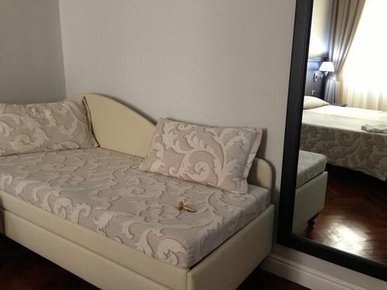 Hotel Lombardia: a new renovated room
