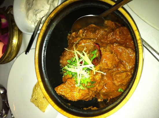The Red Fort : The lamb with ginger