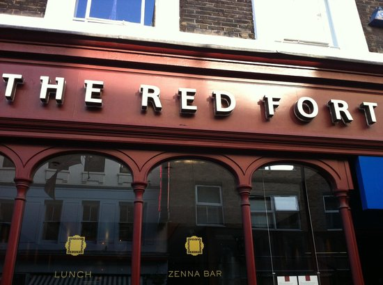 The Red Fort : This needs to be your next stop!!!!