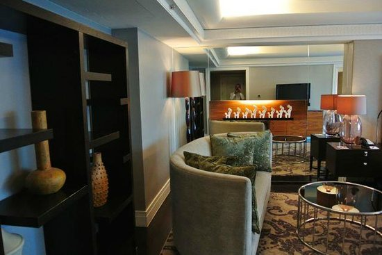 Hotel Indonesia Kempinski: Suite