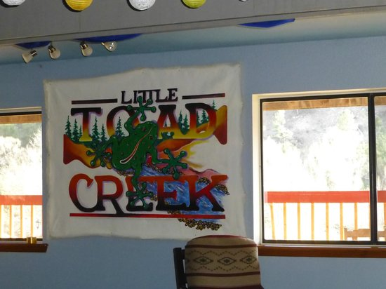 Little Toad Creek Inn & Tavern: In Tavern