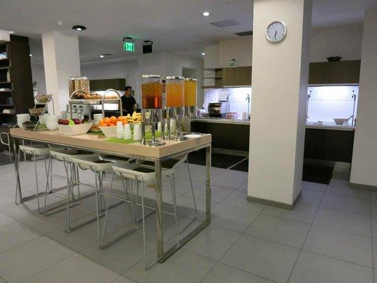Element Miami International Airport: 朝食