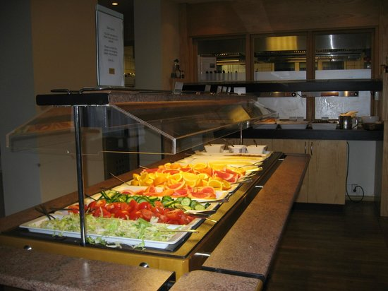 Scandic Edderkoppen  Hotel - breakfast time