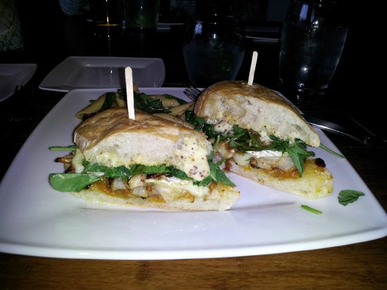 Justin's: Roasted Bosc Pear and Brie Sandwich