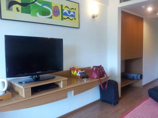 Lemon Tree Hotel, Ahmedabad: Room
