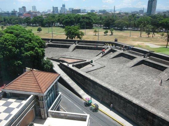 The Bayleaf: 6th floor room looking down on Intramuros defenses