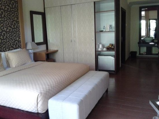 Natya Hotel Tanah Lot: cozy and large room