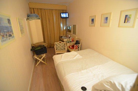 Amsterdam Hotel : Room !st Floor