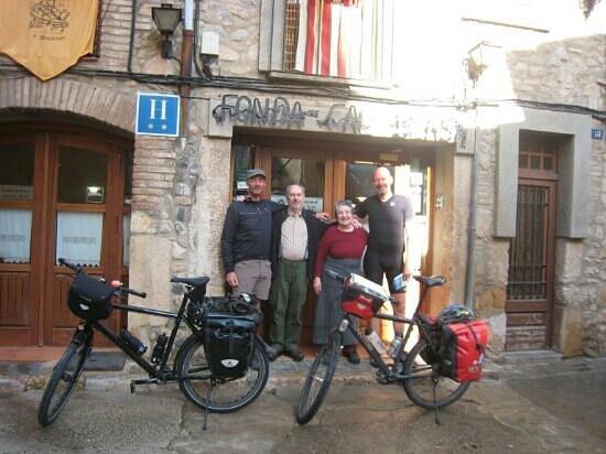 Fonda Cal Blasi: Bart en Bruno, op doorreis van Malaga naar Girona werden zeer gastvrij ontvangen.