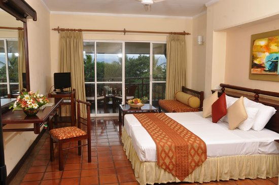 The Palms Hotel: Deluxe Room (selected rooms have flats screen TVs)