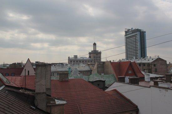 Art Hotel Laine: Вид из окна номера на 7 этаже (мансарда).