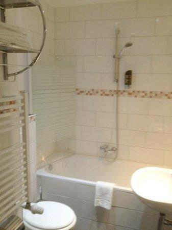 Hotel City Panorama: Bathroom