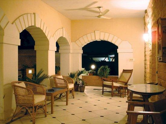 Hotel Inn Season: 1930's Art Deco Style Heritage Hotel