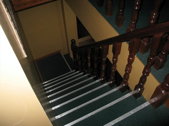 Duck Inn Hotel: Those difficult stairs!