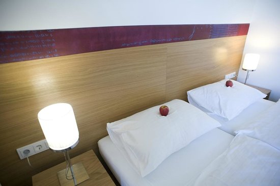 SPES Hotel: Zimmer