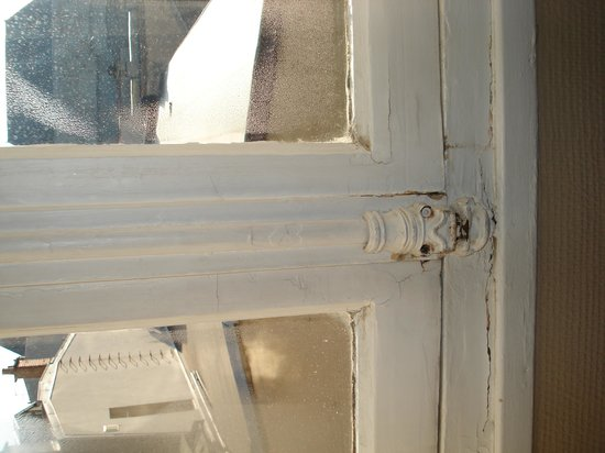 Kyriad Reims Centre: fenêtre