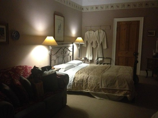 Ivy on Glenelg: Master Bedroom in Doctor's Wing