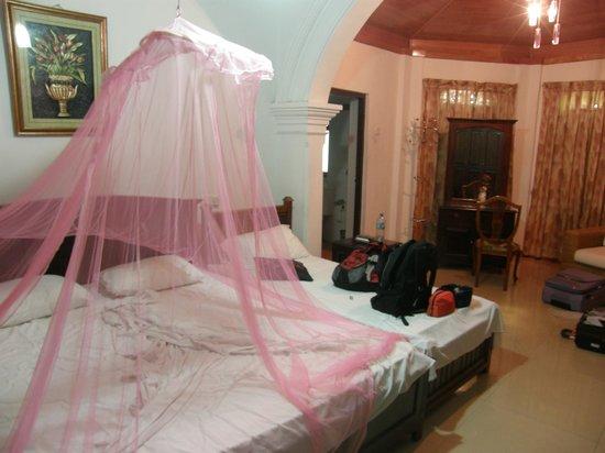 Margaret Villa: Room