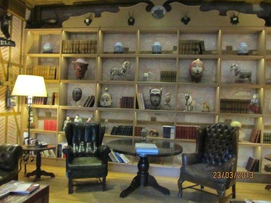 Divan Cukurhan: The hotel is full of interesting 'stuff'