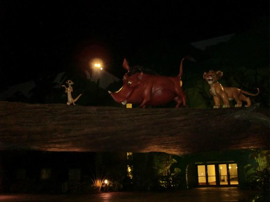 Disney's Art of Animation Resort: Bei Nacht