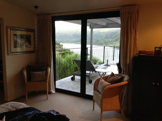 The Point Villas: bedroom view