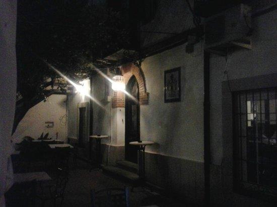 Navalmoral de la Mata, Spain: Terraza exterior