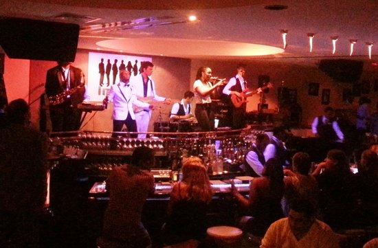 Jazz Bar & Dining: The band- Impact. So good!