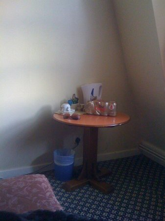 Redcar Hotel: Coffee table