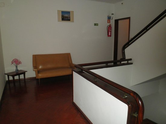 Pensao Residencial Belo Sonho: stairway