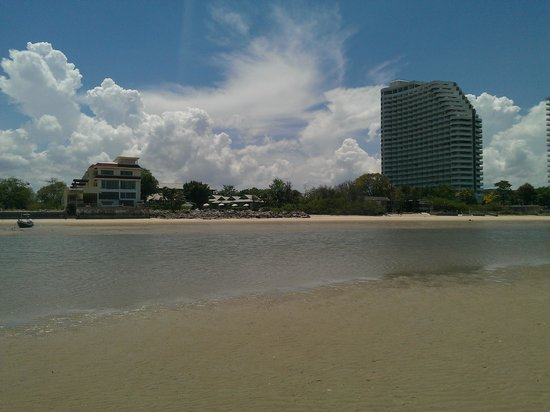 Devasom Hua Hin Resort: There are a few ugly tall buildings around, unfortunately. The beach is nice, though.