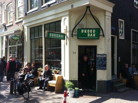 Broodbar amsterdam de wallen quartiere a luci rosse for Hotel vicino piazza dam amsterdam