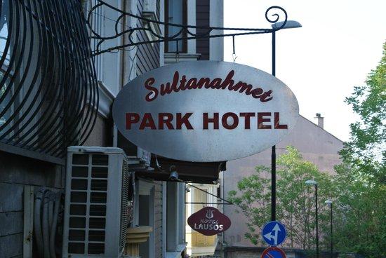 Sultanahmet Park Hotel: Hotel exterior