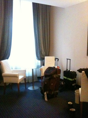 B4 Astoria Firenze: Room