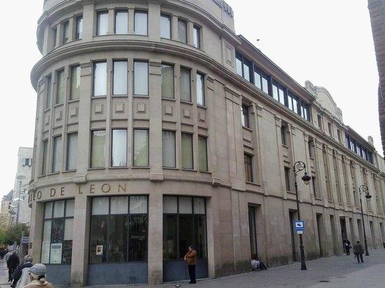 Museo de Leon : Fachada
