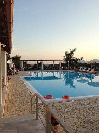 Olympion Asty: Pool