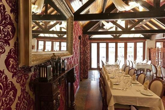 Maharaja Margaret River Restaurant: maharaja decor