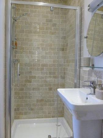 Linnett Hill: Bedroom 5 en-suite