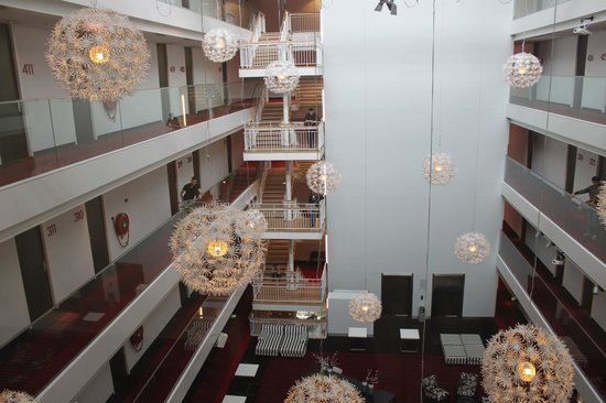 WestCord Hotel Delft: the beautiful atrium where we played our concert