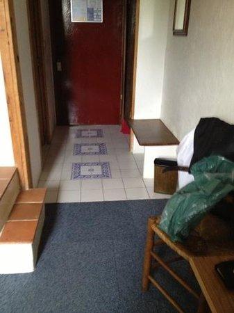 Hotel Restaurant Le Patio Del Sol : entrée chambre 20
