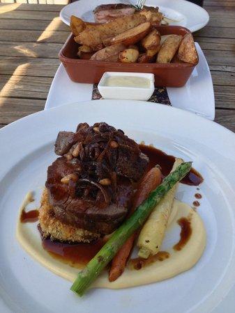 Stillwater at Crittenden: Eye fillet steak