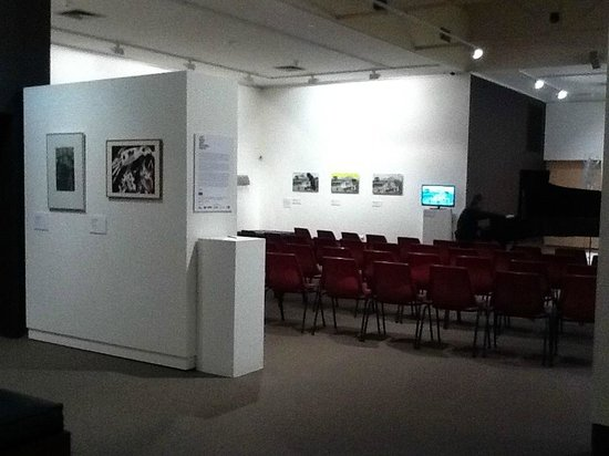 Swan Hill Regional Art Gallery: Main gallery set up for a concert