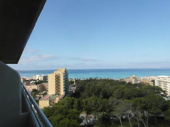 Grupotel Taurus Park: View from room to sea