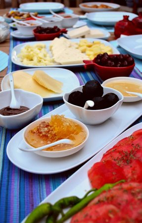 Assos Nar Konak: Turkish Breakfast with homemade jams