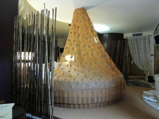 Hotel il Castelletto: Suite a tema con vasca idromassaggio