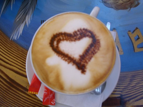 Ikaros Cafe: de lekkerste cappuccino in town