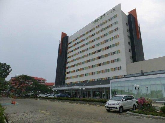 HARRIS Hotel Batam Center: Hotel Front