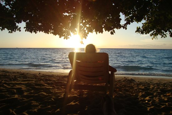 Biyadhoo Island Resort: Catching the last few rays