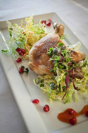Red Clover Inn & Restaurant: Oven Roasted Chicken